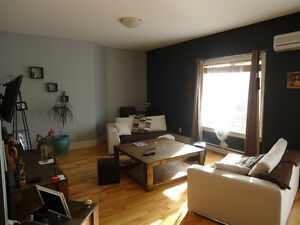 1337ft2 - CONDO AHUNSTIC CENTER CLOSE TO GOUIN / NEAR WATERFRONT