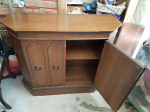 Dining Buffet Server Used