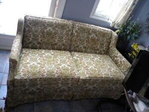 Loveseat (very good cond. and quality) Vintage