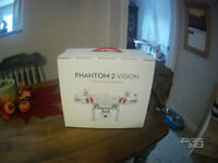 NEW never flown PHANTOM 2 VISION QUADCOPTER