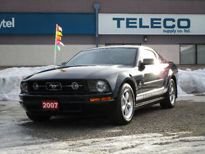2007 Ford Mustang CLEAN LOW KILOMETERS