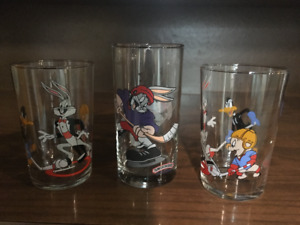"""""""Looney Tunes"""" Collector Drinking Glasses"""