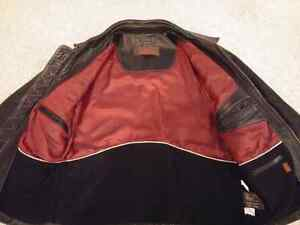 Mens Danier Leather Jacket Size Small Kitchener / Waterloo Kitchener Area image 3