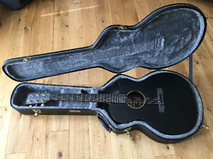 Martin Guitar 000CXE Acoustic-Electric with TKL hard shell case