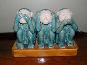 3 Wise Monkeys Statue