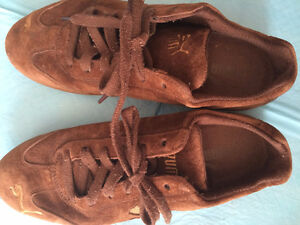 Women's Puma Brown Suede Sneakers Size 8 London Ontario image 1