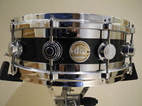 DW Collectors Series Edge Snare-Black Ice Finish-MINT