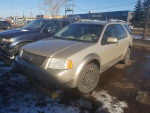 2007 Ford Freestyle AWD with Winter Tires - Seats 7!!!