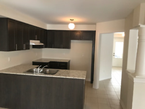 4 bedroom 3 bathroom house for rent in Bowmanville Avail Nov22