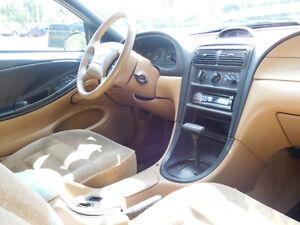1995 Ford Mustang Équipé Coupé (2 portes) Saguenay Saguenay-Lac-Saint-Jean image 5