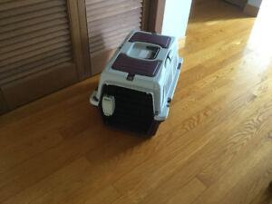 Small dog cage (traveling)