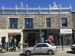 Laurier, Outremont, AAA Retail
