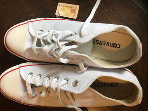 Brand new Chuck Taylor converse sneakers