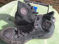 Boxed as new converse all star black boots size 4