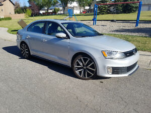 Volkswagen Jetta GLI  w/NAV/Backup Cam/Leather/Keyless/Tiptronic
