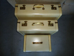 Flight 69 Ivory & Tan Vintage Luggage - Great Condition!!!