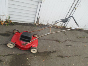 Tondeuse / Lawnmower