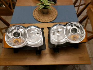 FS: Jeep Grand Cherokee projector headlights 2008-2010