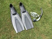 Men's oceanic flippers and goggle/snorkel