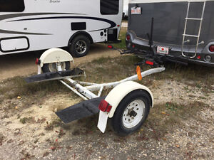 Tow Dolly with steerable wheels