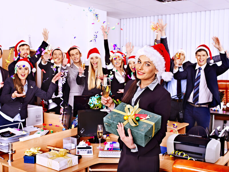 Christmas Party Ideas For Restaurant Employees : Rock the office with these christmas party ideas