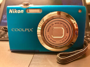 12mp NIKON Digital Camera (Coolpix S3000) Never Used