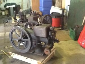2 IHC 3 HP igniter Gas/kerosene stationary engines