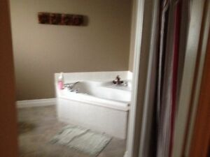 4 bedroom House for Rent  Stratford Kitchener Area image 2