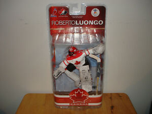 McFarlane Team Canada 2010 Series 2 Roberto Luongo Figures! Belleville Belleville Area image 2