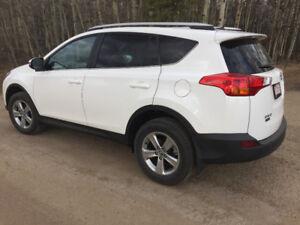 2015 Toyota RAV4 XLE  Extended Warranty, Low kms