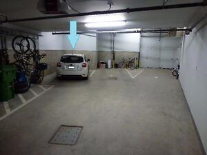Parking Spot / Place de Stationnement