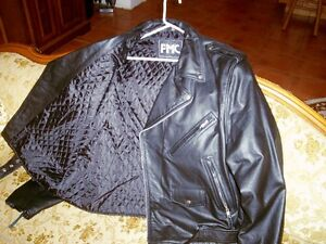 FIR SALE.... BRAND NEW  CLASSIC LEATHER MOTOR CYCLE JACKET