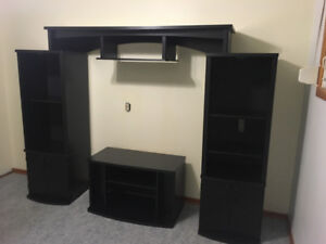 4pcs entertainment stand with glass doors $100.