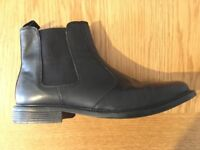 GENT'S BLACK LEATHER CHELSEA BOOTS (SIZE 9)