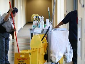 WE TRAIN CLEANER part time full time contract 20+hr VANCOUVER