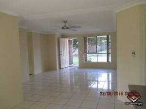 ID 3850622 - SPACIOUS 3 BEDROOM VILLA FOR RENT WITH AIRCON Nerang Gold Coast West Preview