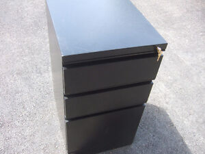2 CABINET'S 3 DRAWER'S WITH KEY'S $28.50 each