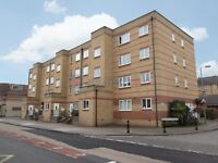 1 bedroom flat in Westferry Road, Docklands E14
