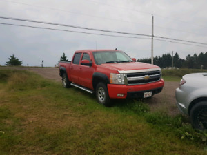 2007 Chevrolet Silverado LTZ - FULLY LOADED