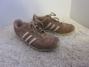 Vintage Old School Brown Leather Suede Adidas Low Cuts - Size 9