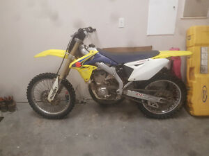 08 rmz 450 fuel injected -excelent condition