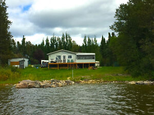 PRICE DROP ON BEAUTIFUL LAKEFRONT CABIN-45 MIN SOUTH OF THOMPSON