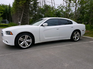 2011 dodge charger leather interior