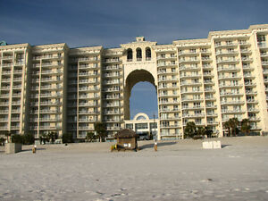 FLORIDA- DESTIN - Christmas break - on the beach $100 per nite
