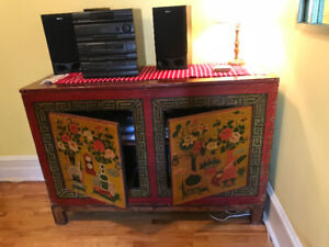 Exquisite Antique Chinese solid wood wheat bin with 2 doors.