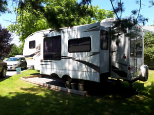 2008 Cougar Fifth Wheel