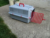 CAT OR SMALL DOG CARRIER
