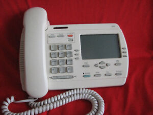Powertouch 390 Telephone