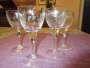4 Exquisite Cornflower liquer glasses - perfect!