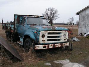 dodge trucks for parts or resto